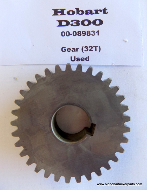 Hobart D300 Transmission 00-089831 Gear (32T) Used