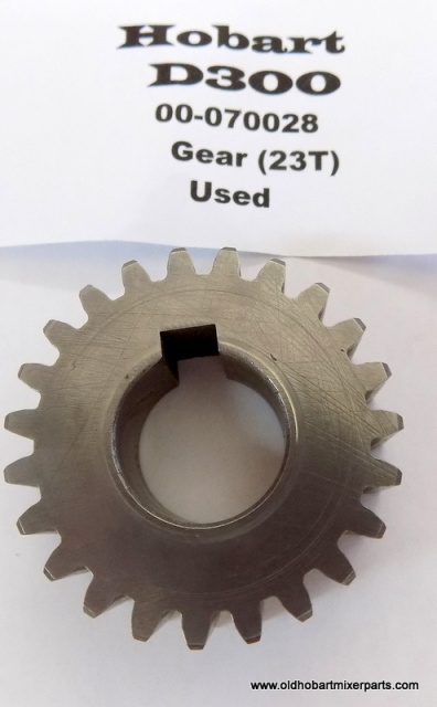 Hobart D300 Transmission 00-080028 23 Tooth Gear Used